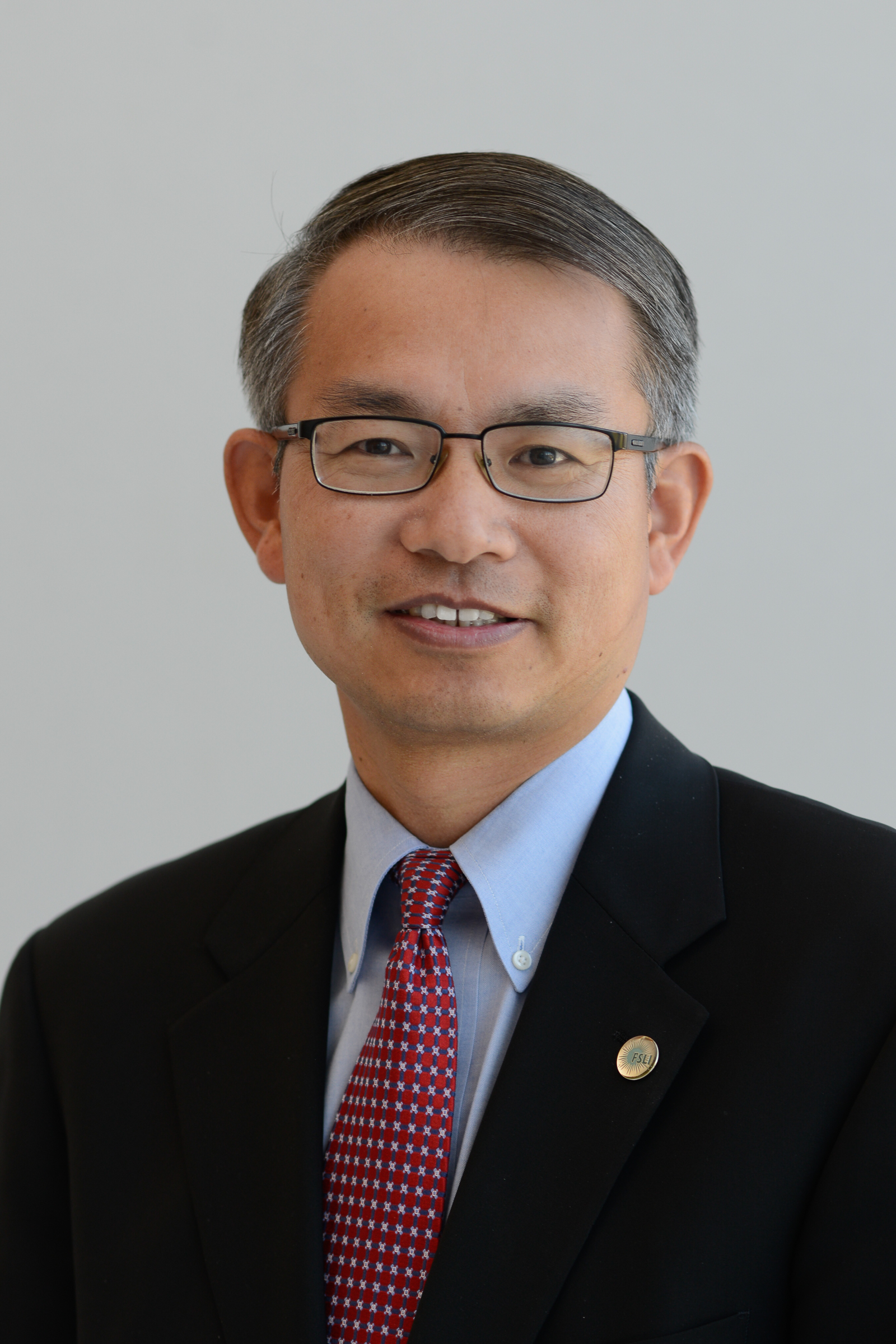 How Groundbreaking Genome Sequencing is Speeding Up Outbreak Control + More with JIFSAN Director, Dr. Meng